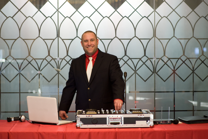 Wedding Disc-Jockeys